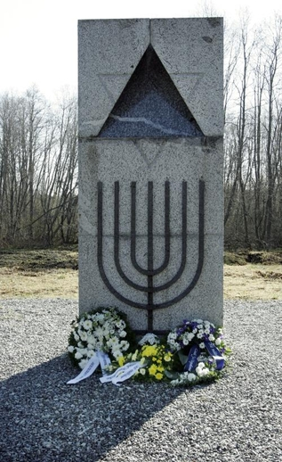 Holocaust memorial in Klooga